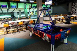 MegaXtreme Bowling в SkyCity Mall
